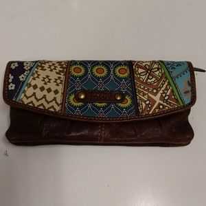 Fossil Leather Clutch w Colorful Pattern